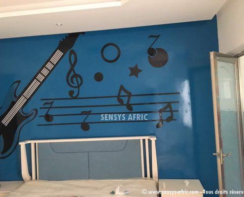 Enfant-Dakar-495x400 Décoration chambre enfant  Sensys Afric - Laissez libre court à votre imagination