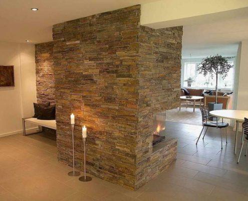 jolie-mur-pour-votre-salon-avec-des-pierre-au-milieux-495x400 Décoration salon, pièce à vivre ou de séjour  Sensys Afric - Laissez libre court à votre imagination