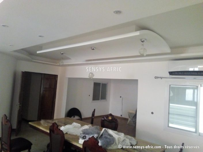 IMG_20171206_164523-705x529 Faux Plafonds  Sensys Afric - Laissez libre court à votre imagination