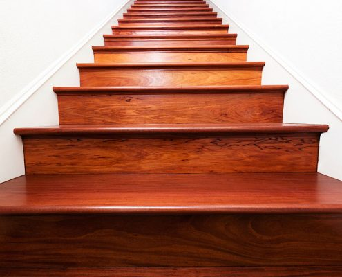 Escaliers-en-bois-à-Dakar-Sénégal-Sensys-Afric-3-495x400 Décoration maison moderne  Sensys Afric - Laissez libre court à votre imagination
