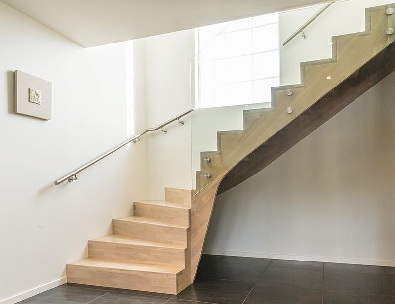 Escaliers-en-bois-Dakar-Sénégal-Sensys-Afric-6 Décoration bois à Dakar, Sénégal.  Sensys Afric - Laissez libre court à votre imagination