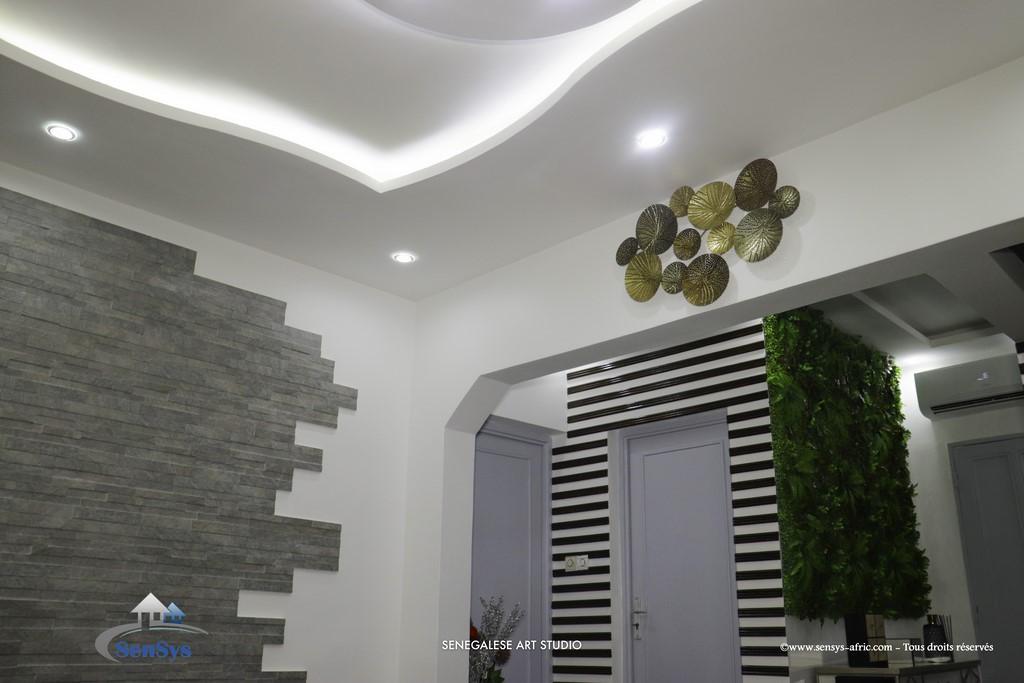 Décoration-boutique-salon-de-beauté-Atélier-Beauty-Dakar-Design-Sensys-Afric Décoration Salon Moderne