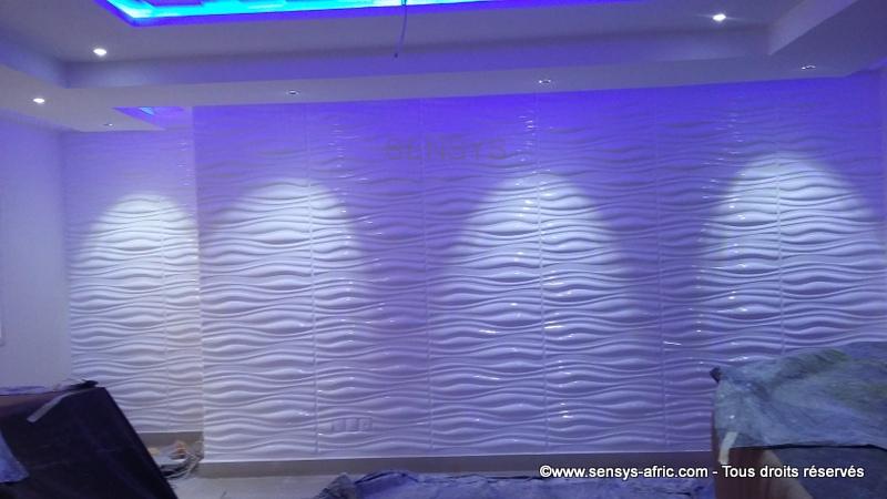 Décoration-murale-Panneaux-3D-mur-design-restaurant-à-Dakar-Thiès-Saint-Louis-Sénégal-Sensys-6 Décoration restaurant à Dakar, Sénégal.