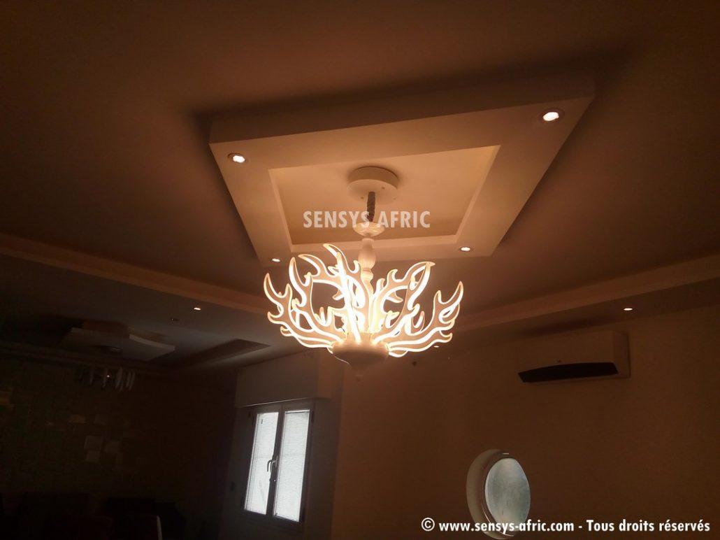 Décoration-restaurant-Faux-Plafond-Dakar-Thiès-Saint-Louis-design-dintérieur-Sénégal-Sensys-Afric-1-1030x772 Décoration restaurant à Dakar, Sénégal.
