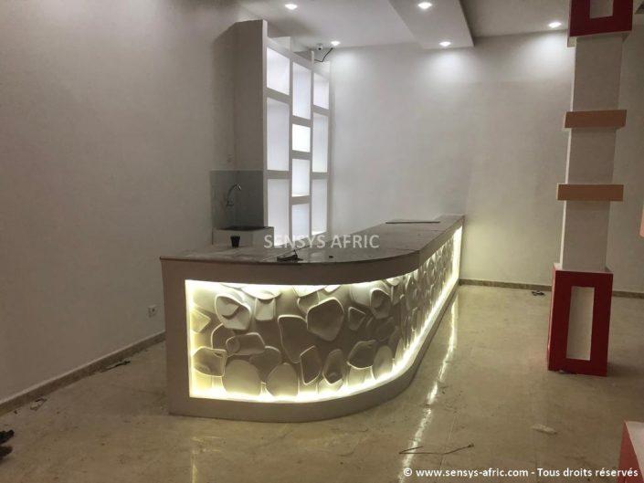 Design-boutique-Dakar-Décoration-showroom-Thiès-déco-intérieur-Saint-Louis-Sensys-Afric-7-705x529 Meubles Lumineux