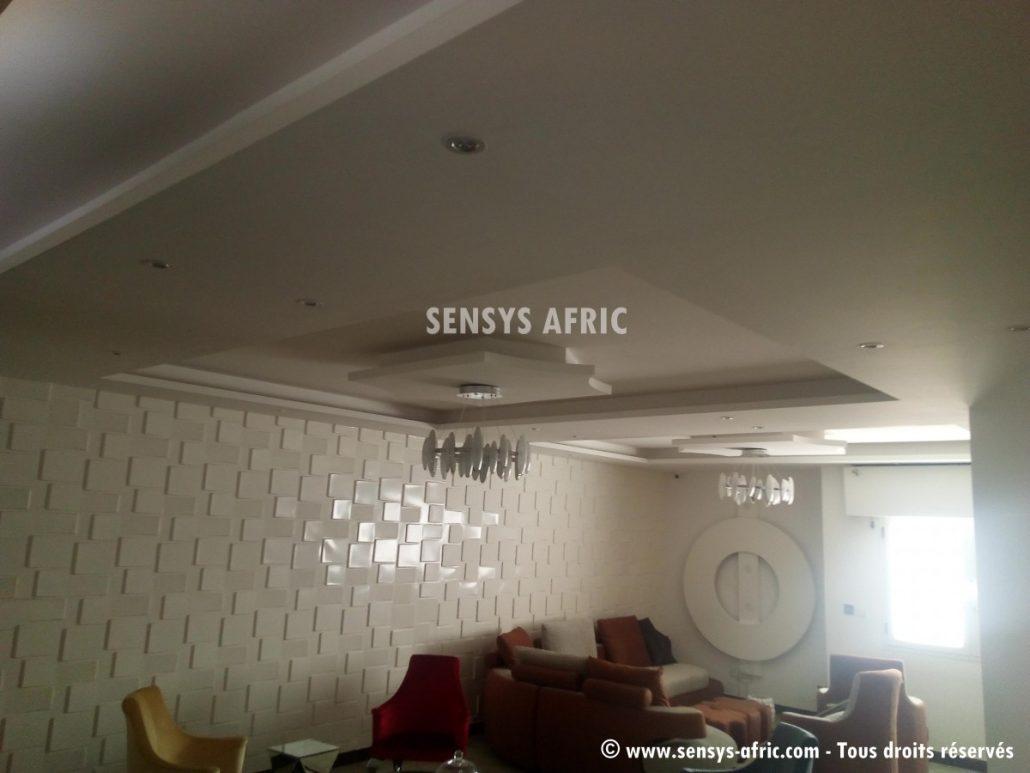Design-décoration-salon-moderne-déco-intérieur-Dakar-Thiès-Saint-Louis-Louga-Sénégal-Sensys-Afric-2-1030x773 Décoration Salon Moderne