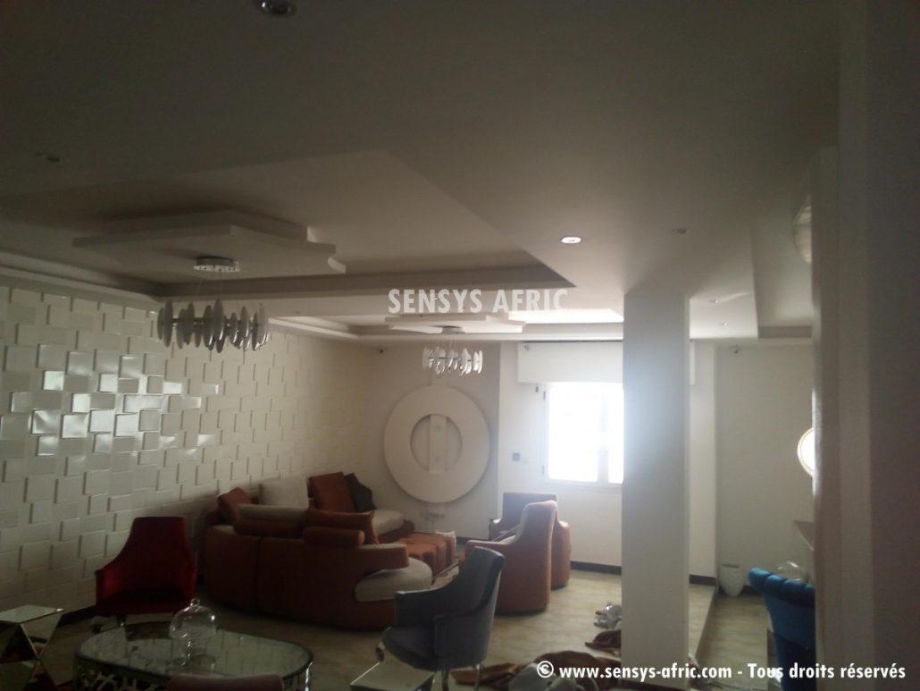 Design-décoration-salon-moderne-déco-intérieur-Dakar-Thiès-Saint-Louis-Louga-Sénégal-Sensys-Afric-3-1030x773 Décoration Salon Moderne