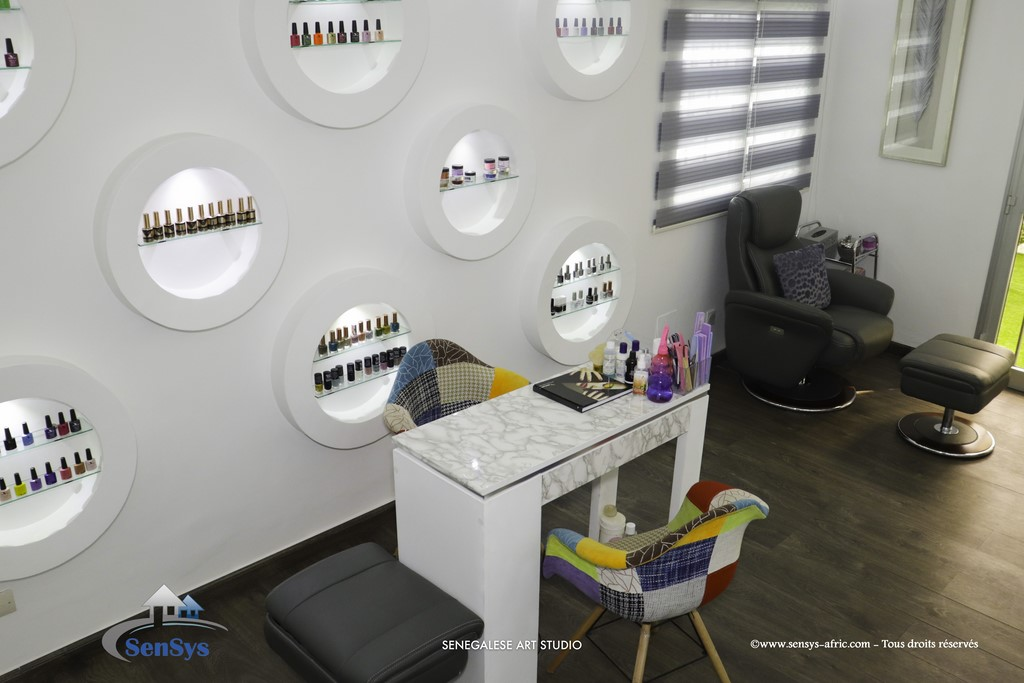 Déco-boutique-salon-de-beauté-Atélier-Beauty-Dakar-Design-by-Sensys-Afric Atélier Beauty Dakar