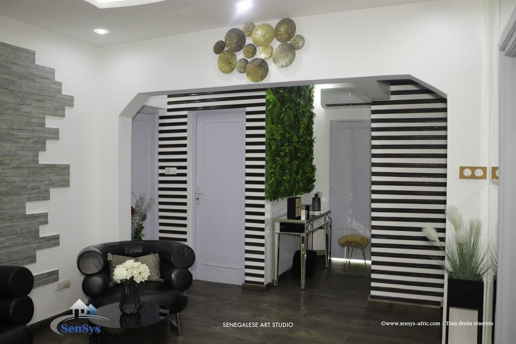 Décoration-boutique-entrée-salon-de-beauté-Atélier-Beauty-Dakar-Design-by-Sensys-Afric Atélier Beauty Dakar