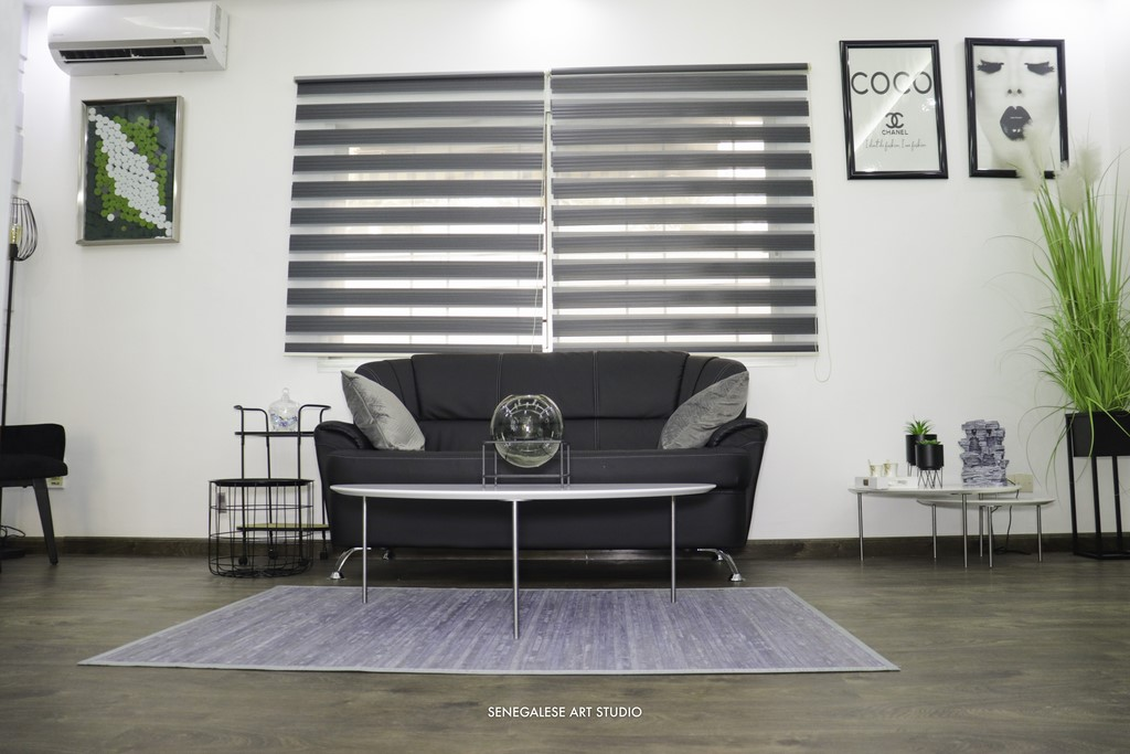 Décoration-boutique-parquets-lames-pvc-salon-de-beauté-Atélier-Beauty-Dakar-Design-by-Sensys-Afric Atélier Beauty Dakar