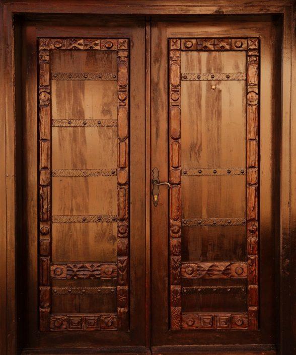 Avantages-portes-en-bois-sensys-588x705 Pourquoi choisir une porte en bois au Sénégal