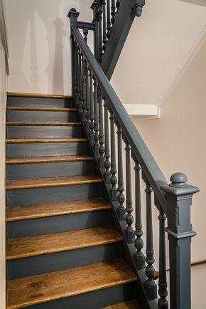 Escaliers-bois-à-Dakar-escalier-Thiès-design-escaliers-Saint-Louis-Sénégal-Menuiserie-decoration-bois-Sensys-Afric Escaliers en bois