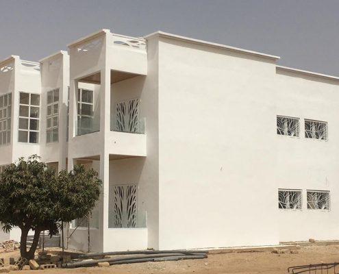 WhatsApp-Image-2021-06-05-at-21.54.31-495x400 Second oeuvre et décoration de maison à Thiès, Sénégal.