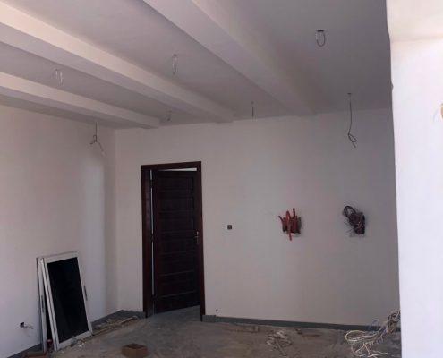 IMG_8866-495x400 Second oeuvre et décoration de maison à Mbour, Gandigale. Chantier en cours.
