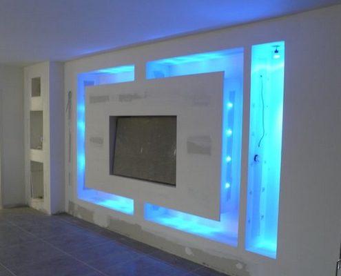 Meubles-TV-lumineux-8-1-495x400 Rénover un mur avec des panneaux en relief