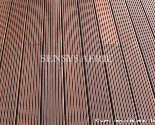 1216-bodenbelaege-konstruktionsholz-planchers-bois-de-construction-1-Copier-495x400 Lames PVC Parquets