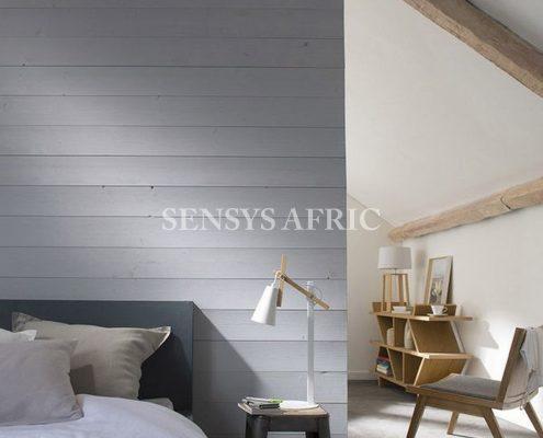 cloison-en-lambris-gris_4586742-Copier-495x400 Décoration chambre à coucher