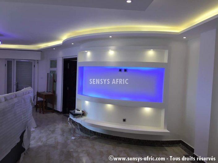 Meuble-TV-lumineux-Sensys-AFric-chambre-705x529 Meubles TV BA13