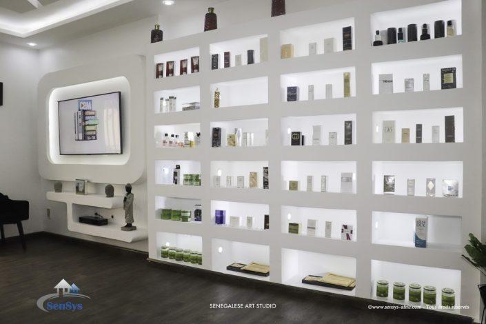 Décoration-boutique-Saint-Louis-salon-de-beauté-Atélier-Beauty-Dakar-Design-by-Sensys-Afric-705x470 Meubles TV BA13