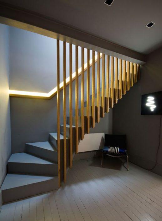 Escaliers-bois-à-Dakar-escalier-Thiès-design-escaliers-Saint-Louis-Sénégal-Menuiserie-déco-bois-Sensys-Afric-517x705 Escaliers en bois