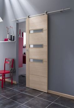 Porte-en-bois-Dakar-Design-porte-Thiès-Saint-Louis-Sénégal-Menuiserie-Sensys-Afric Pourquoi choisir une porte en bois au Sénégal