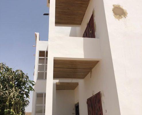 WhatsApp-Image-2021-03-27-at-14.57.32-495x400 Second oeuvre et décoration de maison à Thiès, Sénégal.