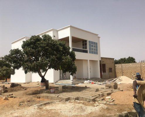 WhatsApp-Image-2021-06-05-at-21.54.34-1-495x400 Second oeuvre et décoration de maison à Thiès, Sénégal.